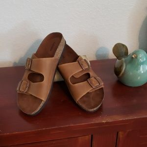 Sonoma size 8 brown Sandals